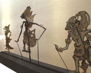 インドネシアの伝統工芸の影絵「ワヤン・クリ」